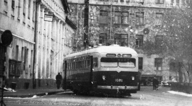 Уникальное фото Михаила Егорова, жителя района, заместителя директора Музея Московского транспорта и историка, который теперь восстанавливает его заново с группой активистов